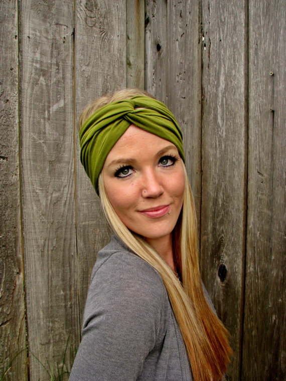 Vintage Turban Style Stretch Rayon Jersey Knit Headband in Moss Green -  Multi Ways to Wear 07c55b8ddc2